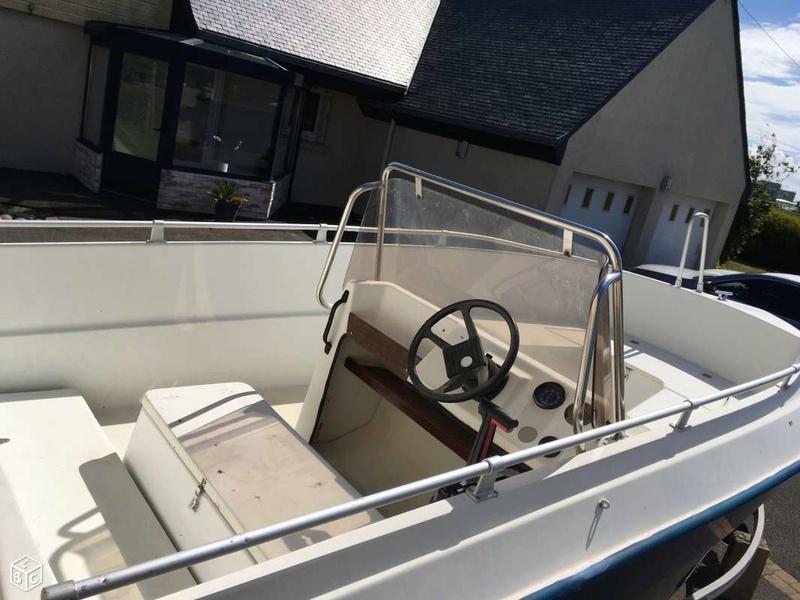 bateau ryds 530 bateaux moteurs par marque forum. Black Bedroom Furniture Sets. Home Design Ideas