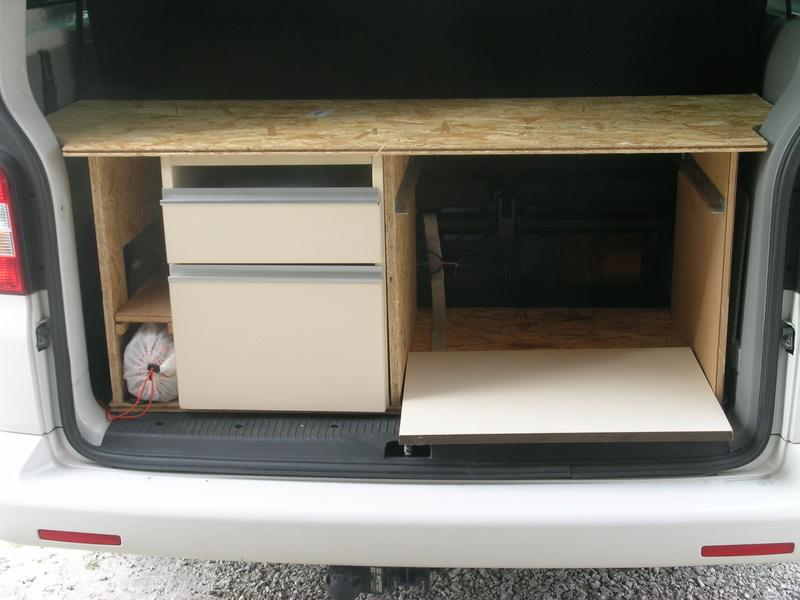donne am nagement arri re maison. Black Bedroom Furniture Sets. Home Design Ideas