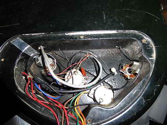 weston11 westone thunder ia bass guitar wiring westone thunder 1a wiring diagram at reclaimingppi.co